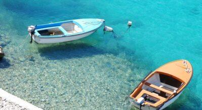 Przycumowane łodzie