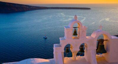 Greckie Cyklady o zachodzie słońca
