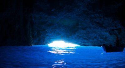 Chorwacka Jaskinia Błękitna